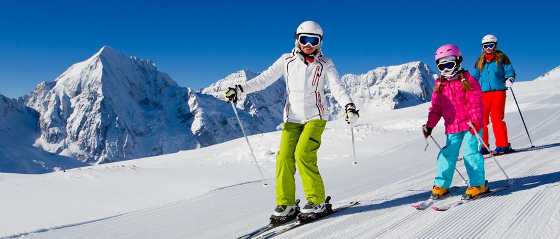 Photo of Skiën of snowboarden? Draag jij een helm tijdens de wintersport?