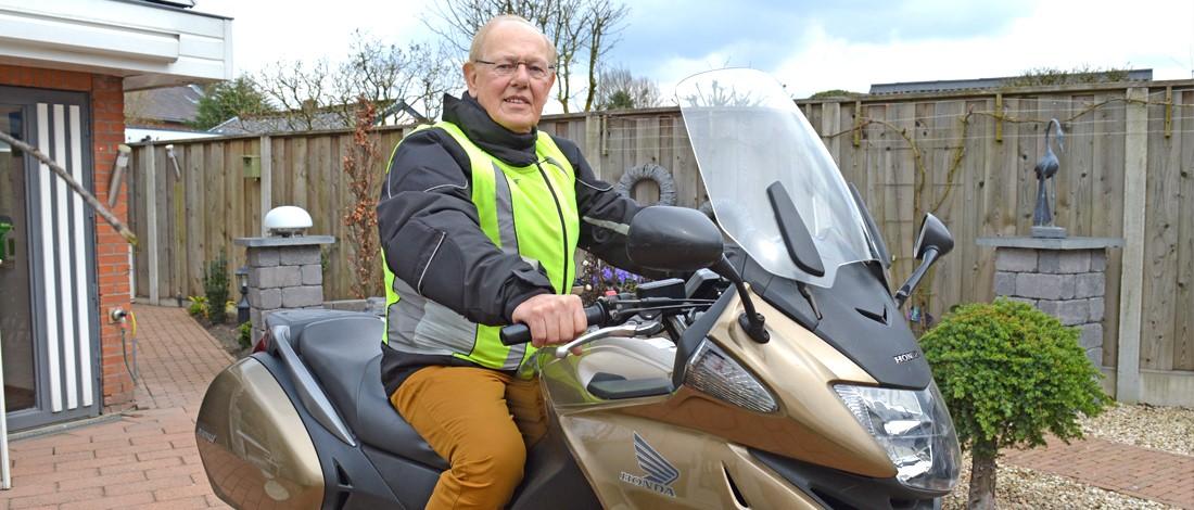 Is Henk (82) de oudste motorrijder van Nederland?
