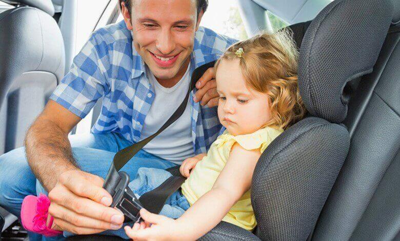 Kinderen in de auto: waar aan denken?   Verzekeruzelf